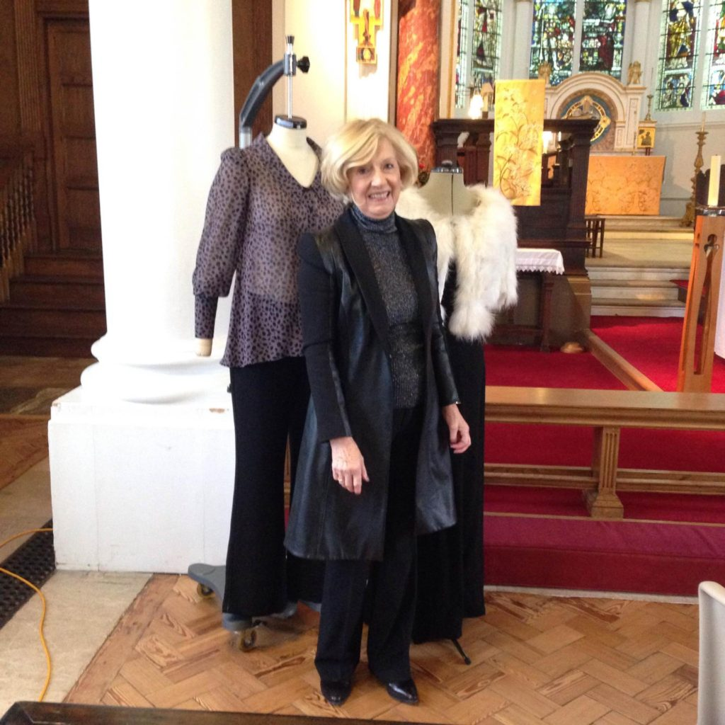 BIBA 01.17 Lorraine More Clothes